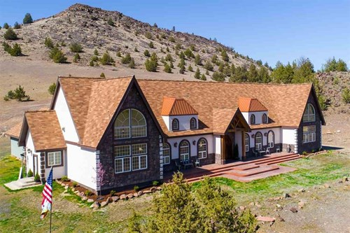 Ranch For Sale in Siskiyou County, California