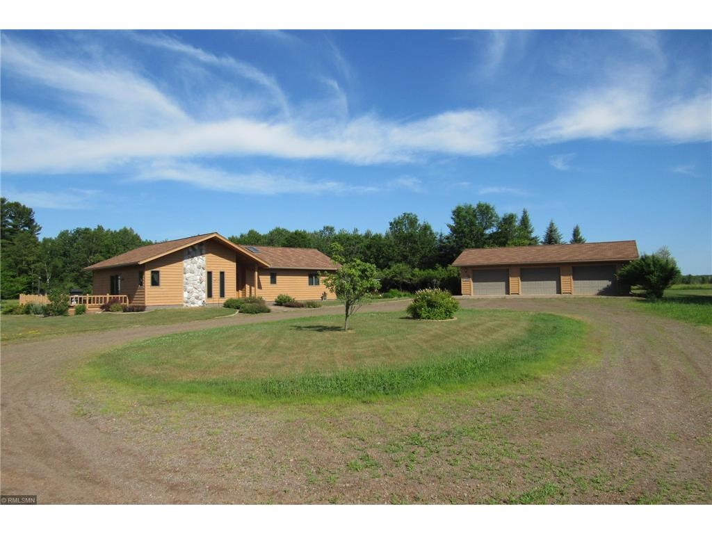 Country Home for Sale with Outbuildings, Hobby Farm, Horses