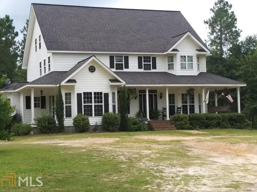 Country Home for Sale on 15 acres in Vidalia, GA