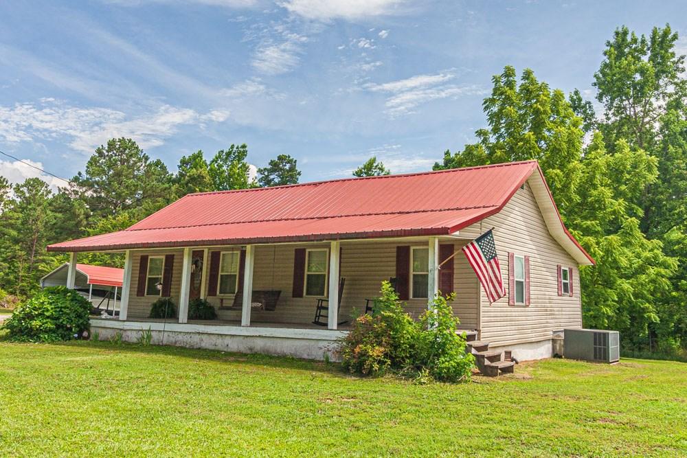Farmhouse in Rural Tennessee