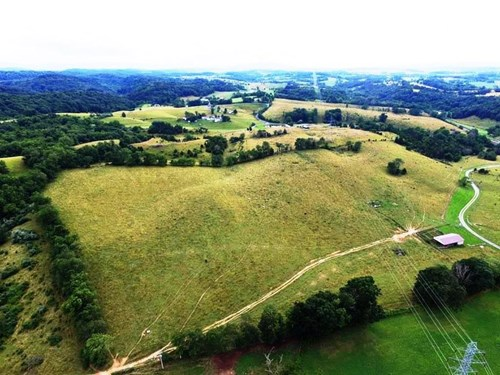 106 Acre Farm in Wytheville, VA with income production