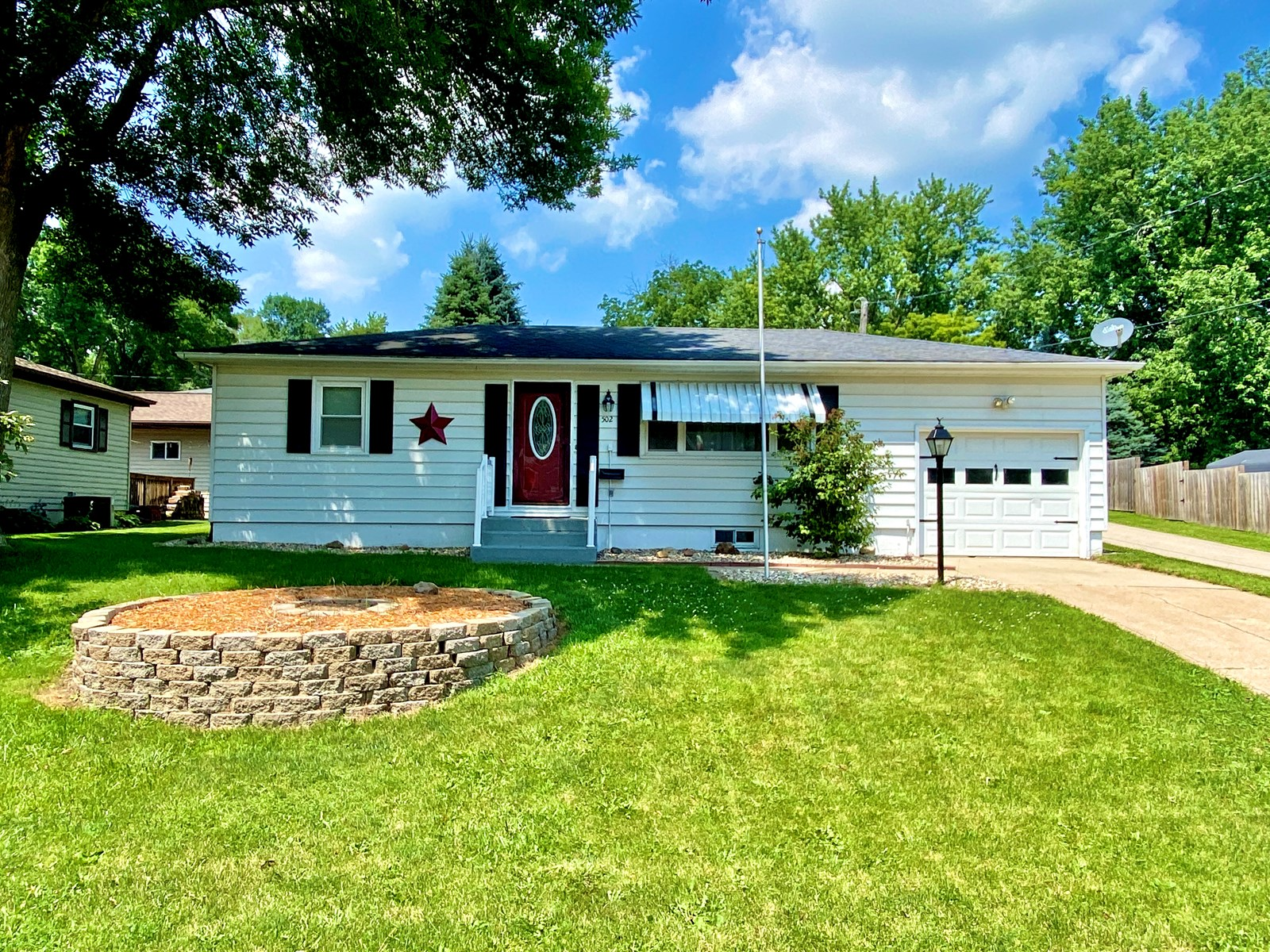 Anamosa, IA Home for Sale