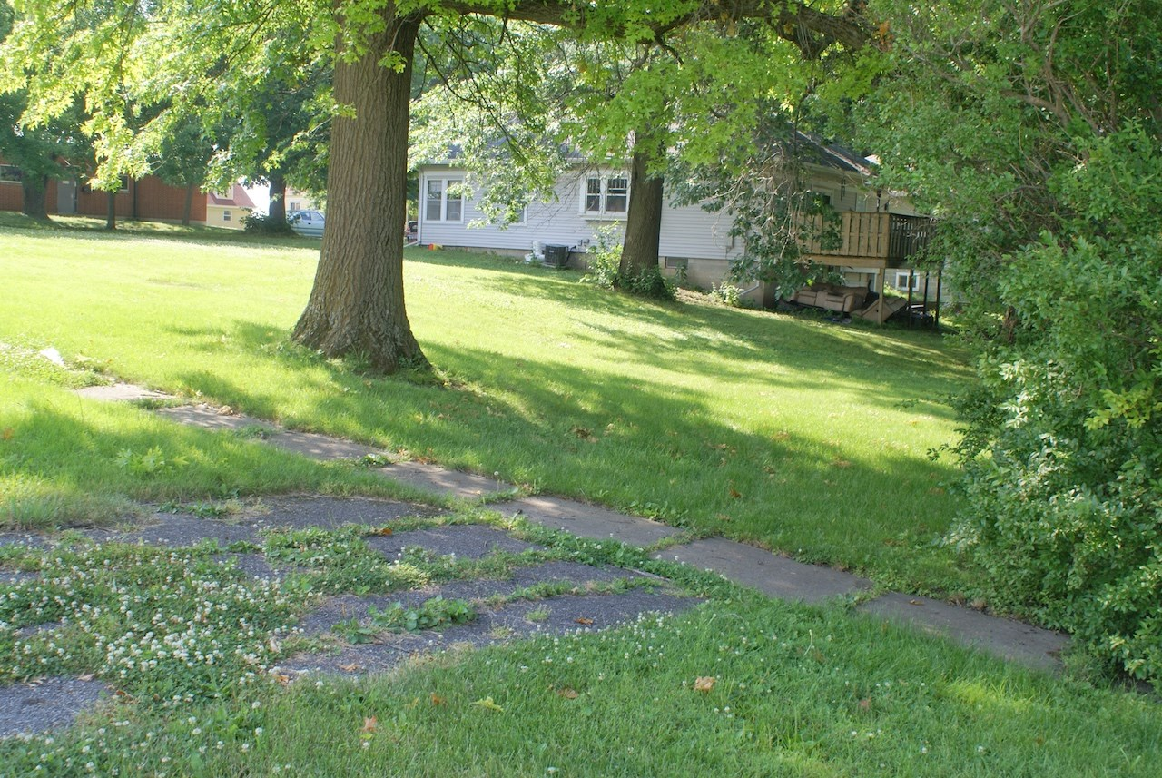 Vacant Lots For Sale in Mount Ayr Iowa