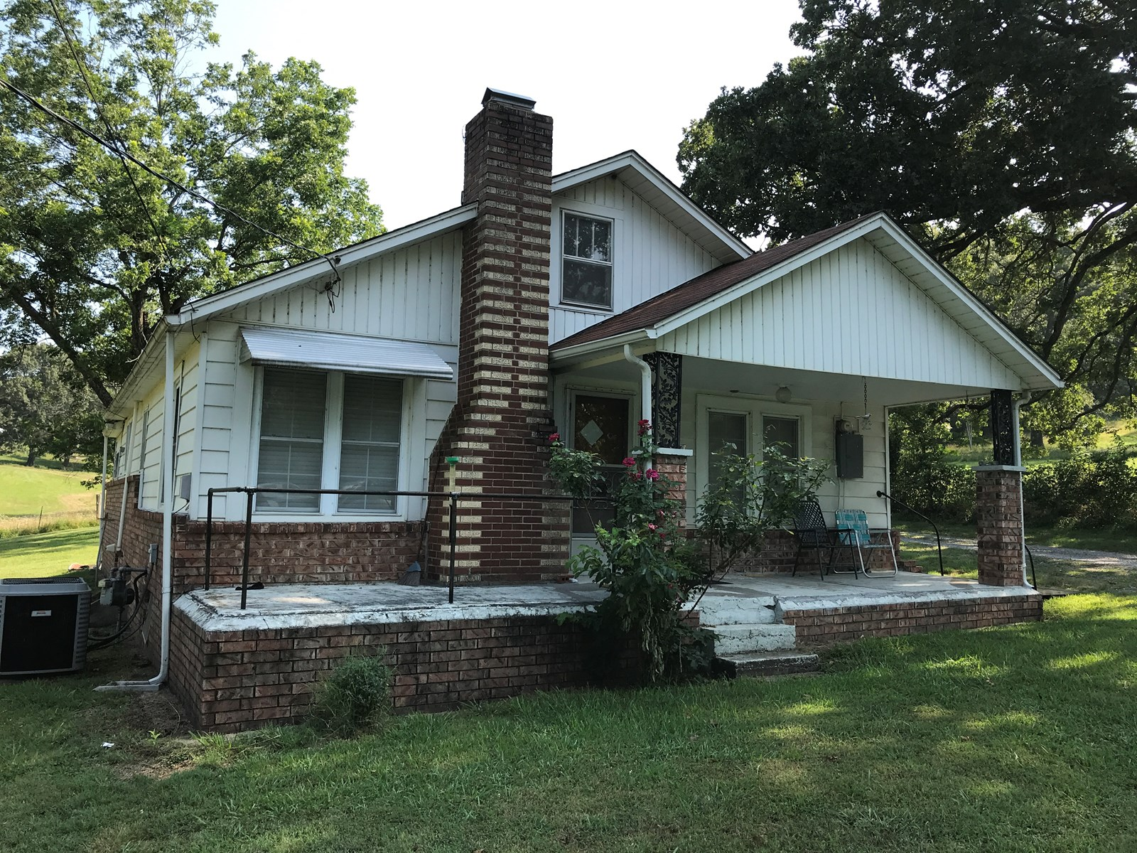 Country Home in Arkansas near Eleven Pt. River on 1 acre m/l