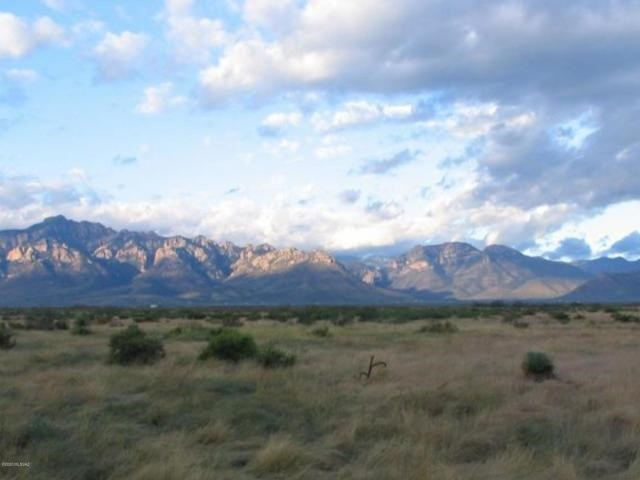 Beautiful Property, corner lot next to  BLM and State land