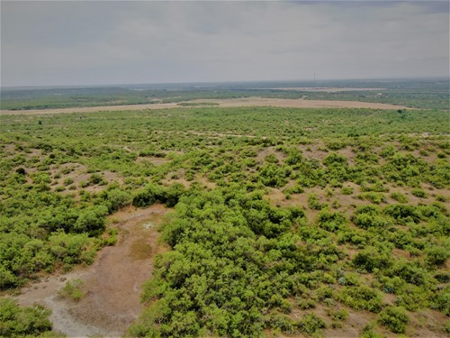 Big 712+/- Ac. Hunting Ranch in Coleman Co. w/ 2 cabins