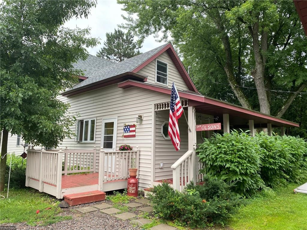 Home for Sale in Town on 1+ Acre, Hinckley, Minnesota
