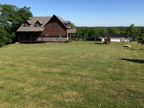 CALDWELL COUNTY MO HOME & 70 ACRES FOR SALE