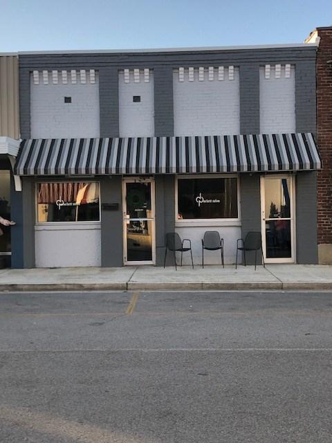 Commercial Building in Heart of Smithville, TN  Dekalb Co.