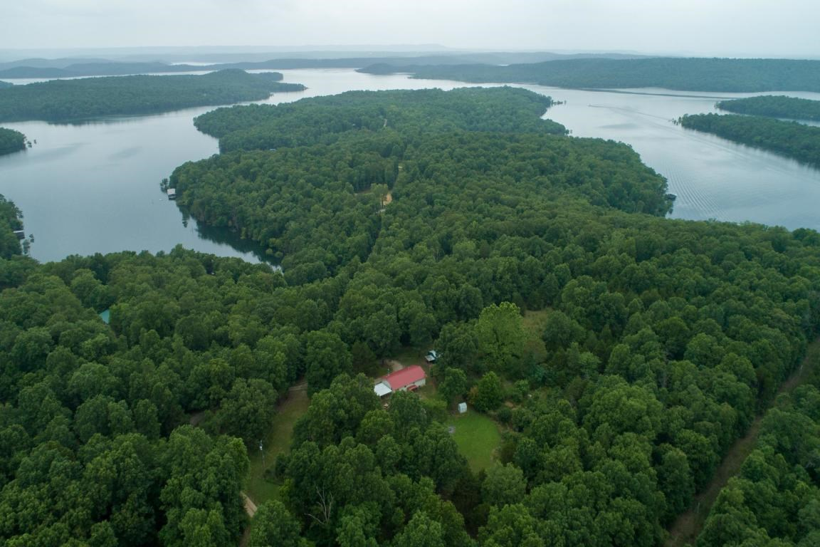 Ranch Home near Bull Shoals Lake Marion Co. AR