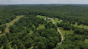 RANCH IN CABOOL, MO NESTLED IN THE NATIONAL FOREST - 318 AC.