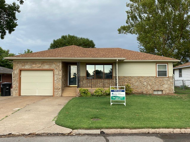 4 Bedroom Home in GREAT Location, Alva