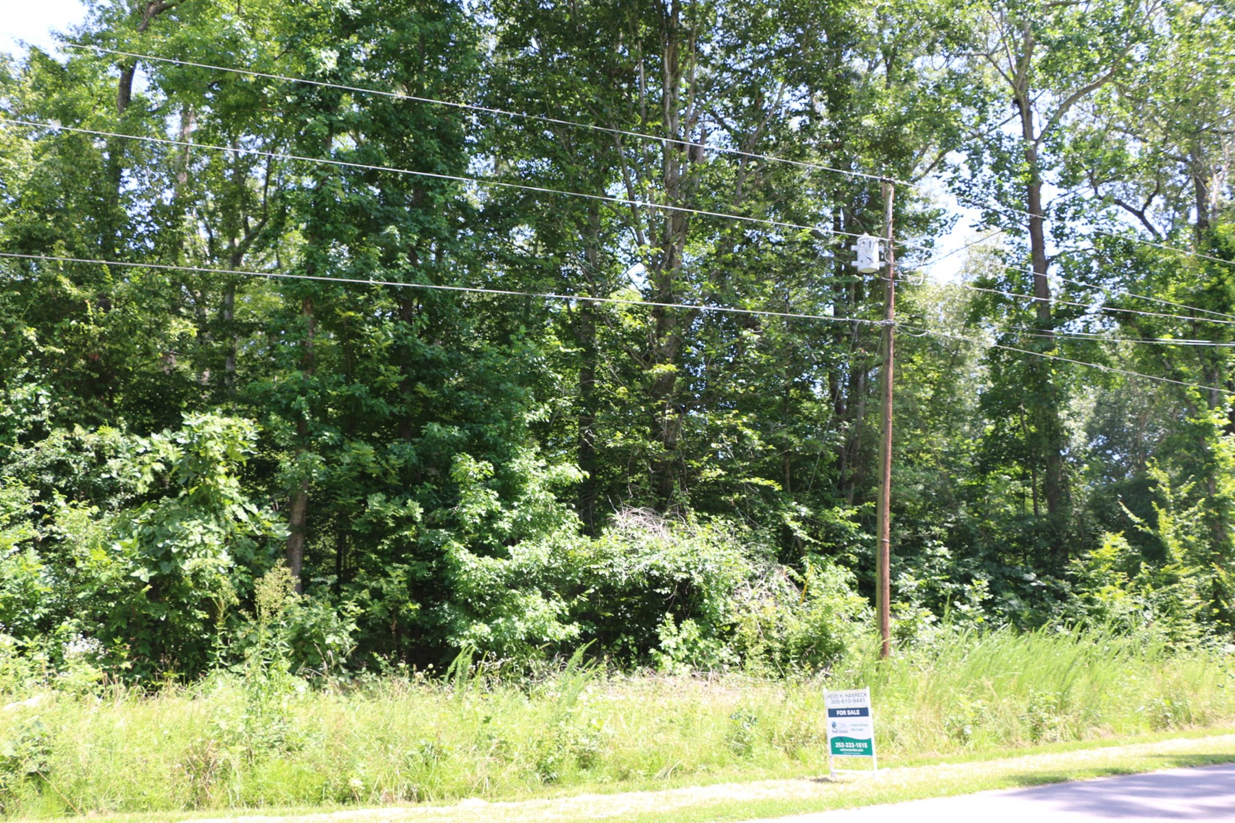 A Perfect Getaway Lot for Fishing & Camping