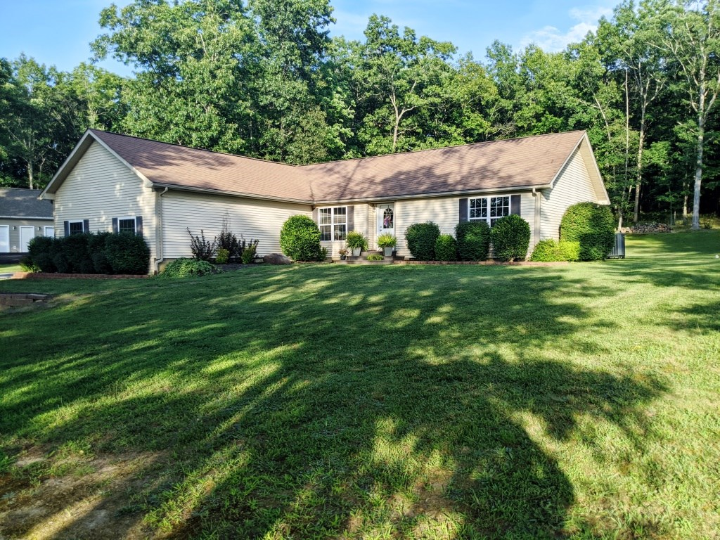 Country home just minutes from Town of Wytheville