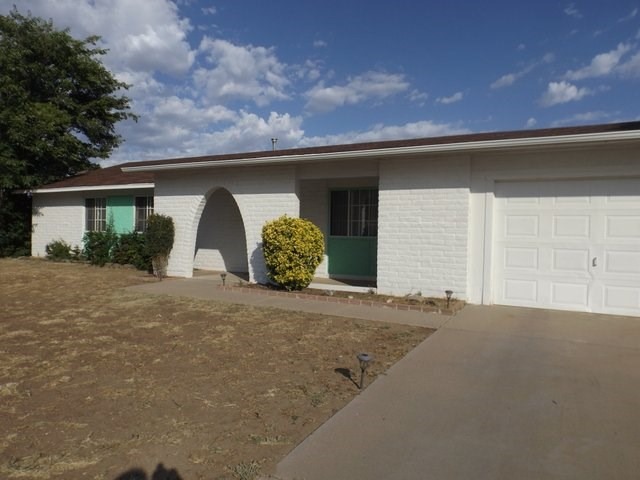 COUNTRY HOME AVAILABLE IN HISTORIC MINING TOWN SW NM