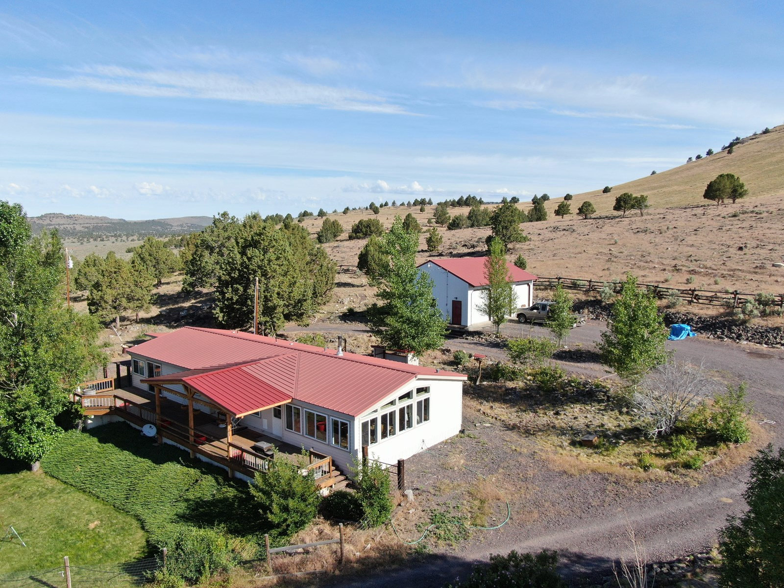 WEST OF BURNS OR - NICE HOME ON 317 ACRES W/ VIEW