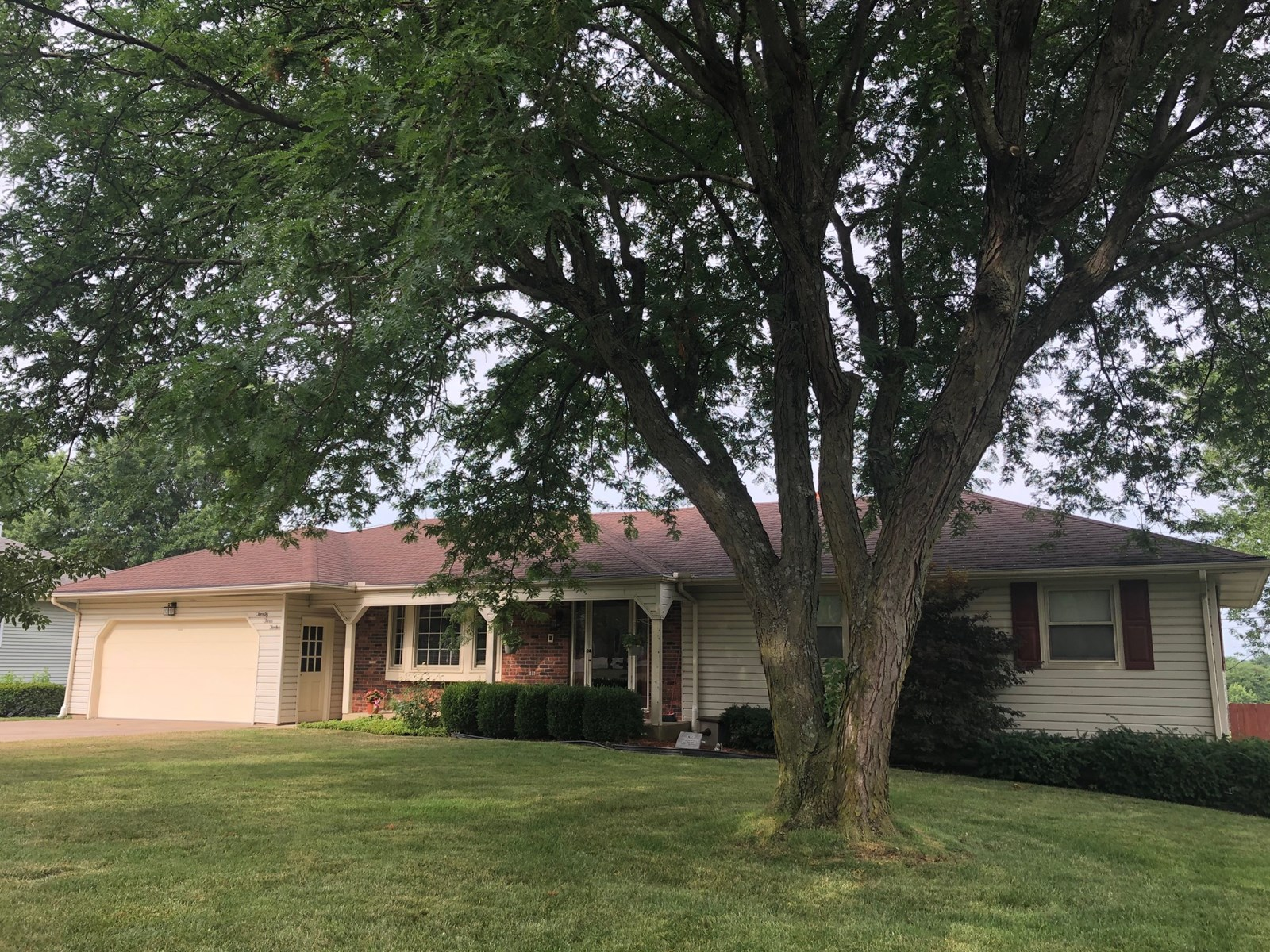 For Sale Ranch Home Near Park & Golf Course