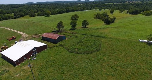 Southern Missouri Ozarks Cattle Ranch & Grass Farm For Sale