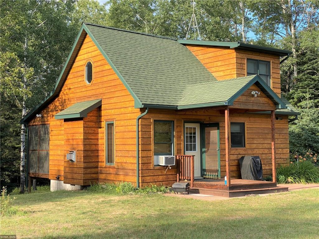 Year Round Cabin For Sale on Acreage, Northern Minnesota