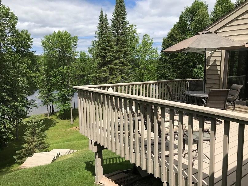Rainy River Home for sale International Falls, MN