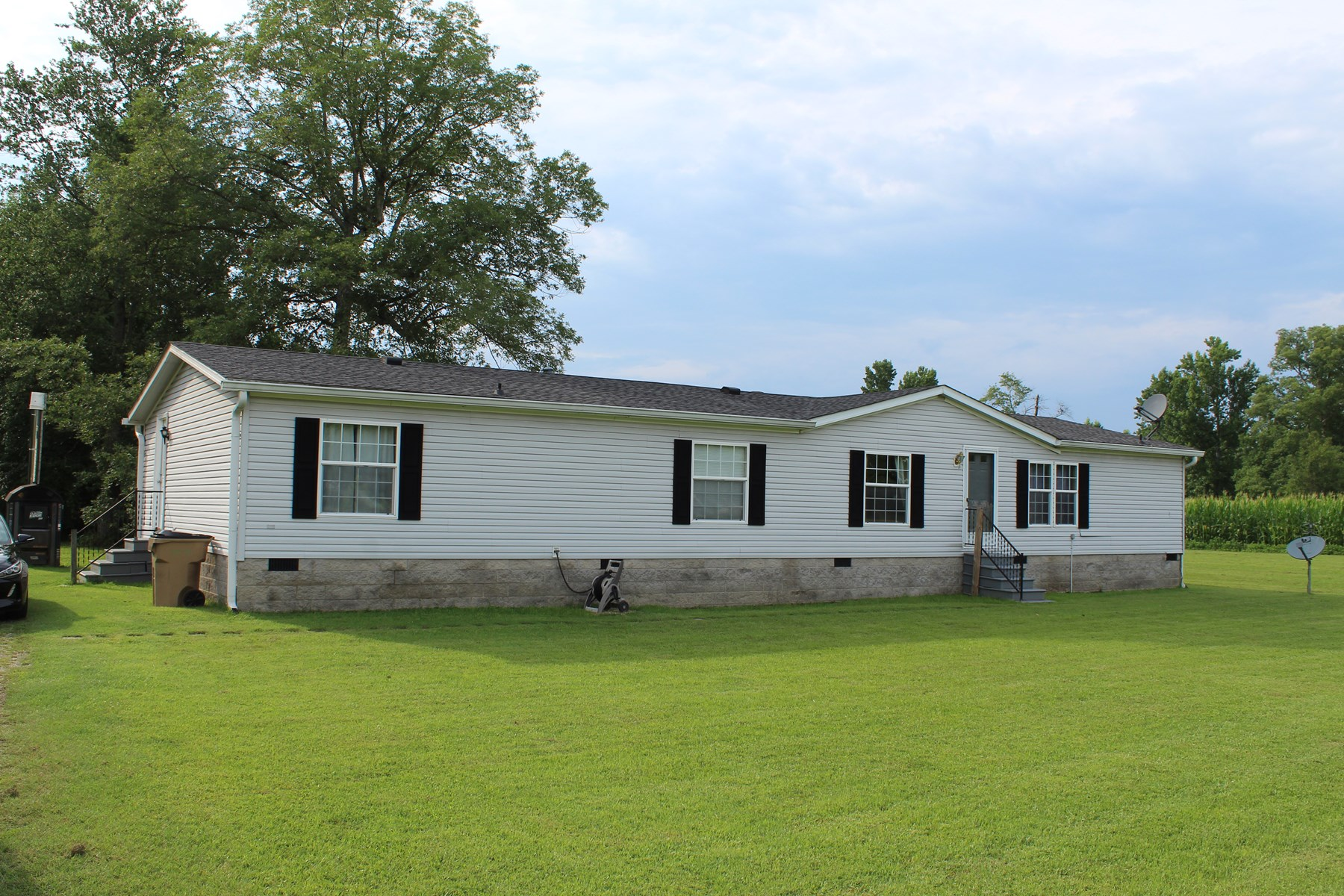 Warren County Home & 13 Acres For Sale @ Auction in 2 Tracts