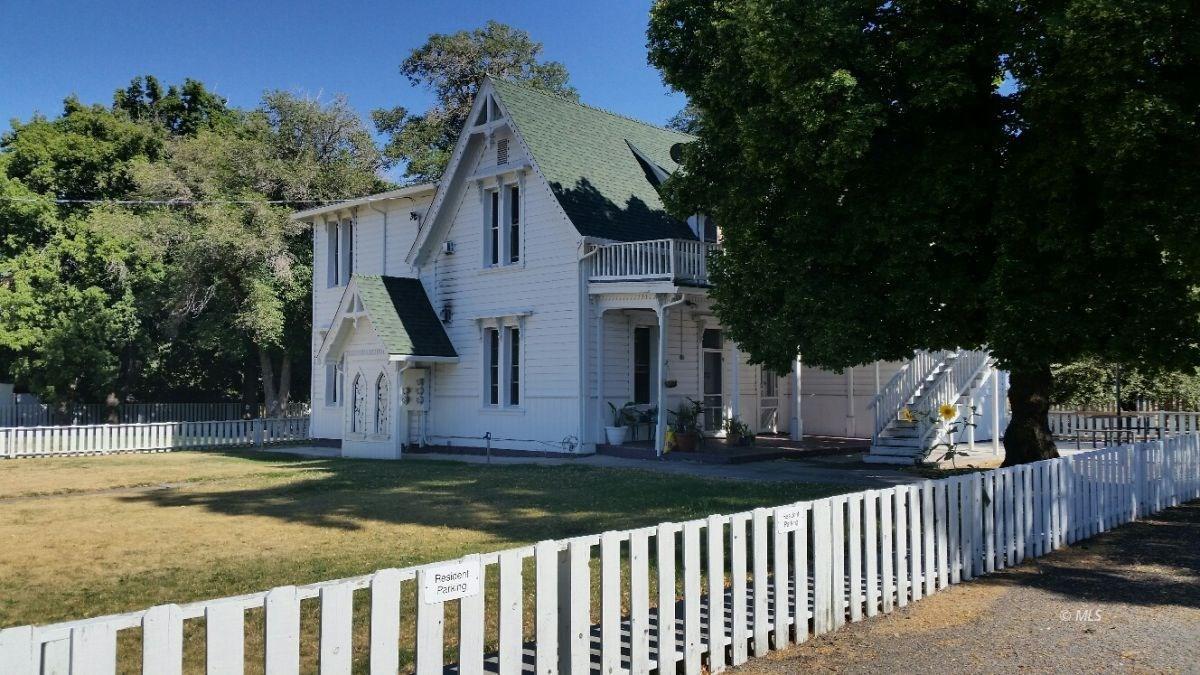 Multi-Unit Residential Income Prop For Sale in Cedarville CA