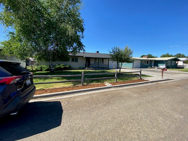 3bed/2bath 1196 sq.ft home with shop