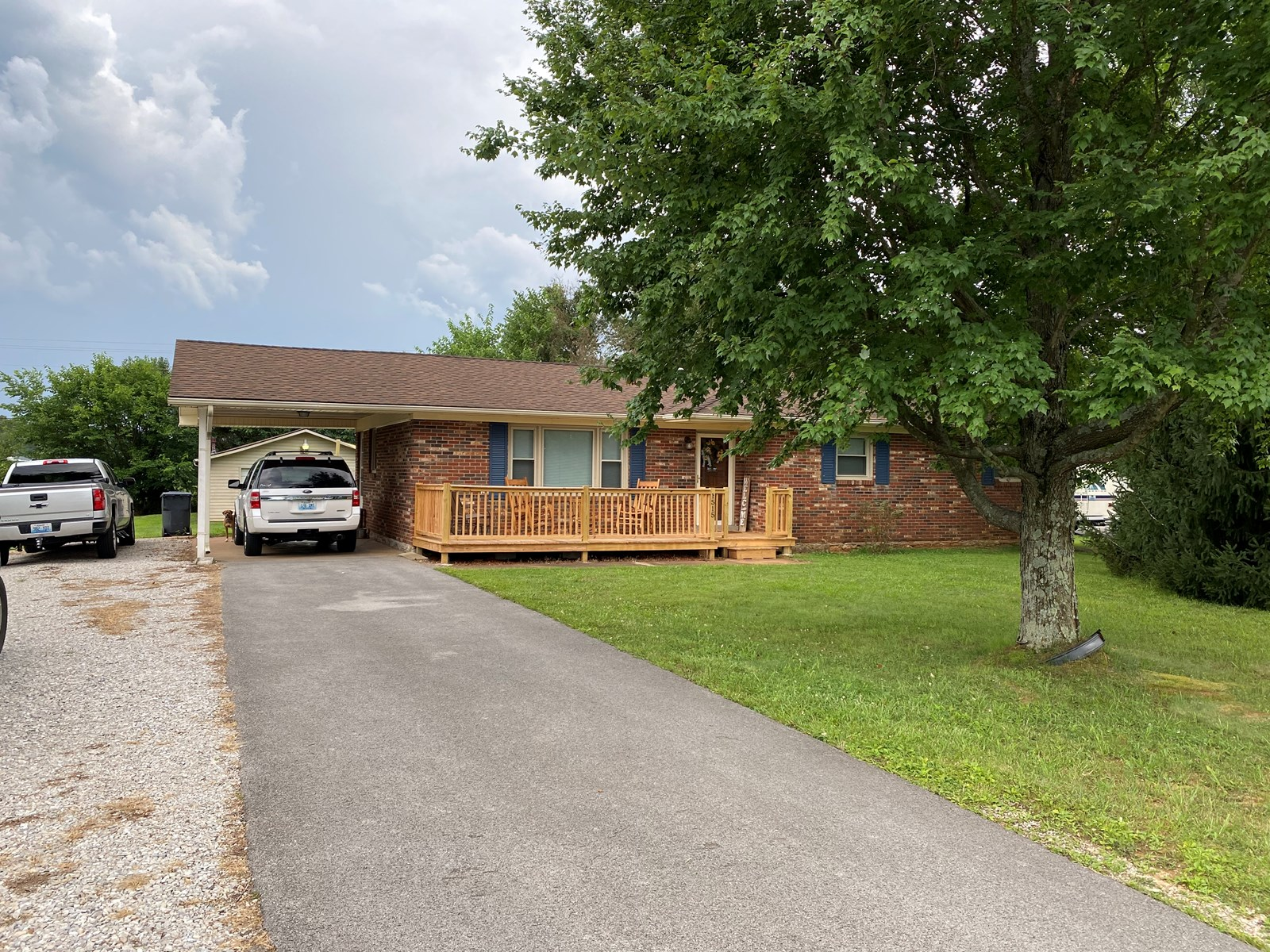3 bedroom brick home for sale near Bowling Green, Ky.