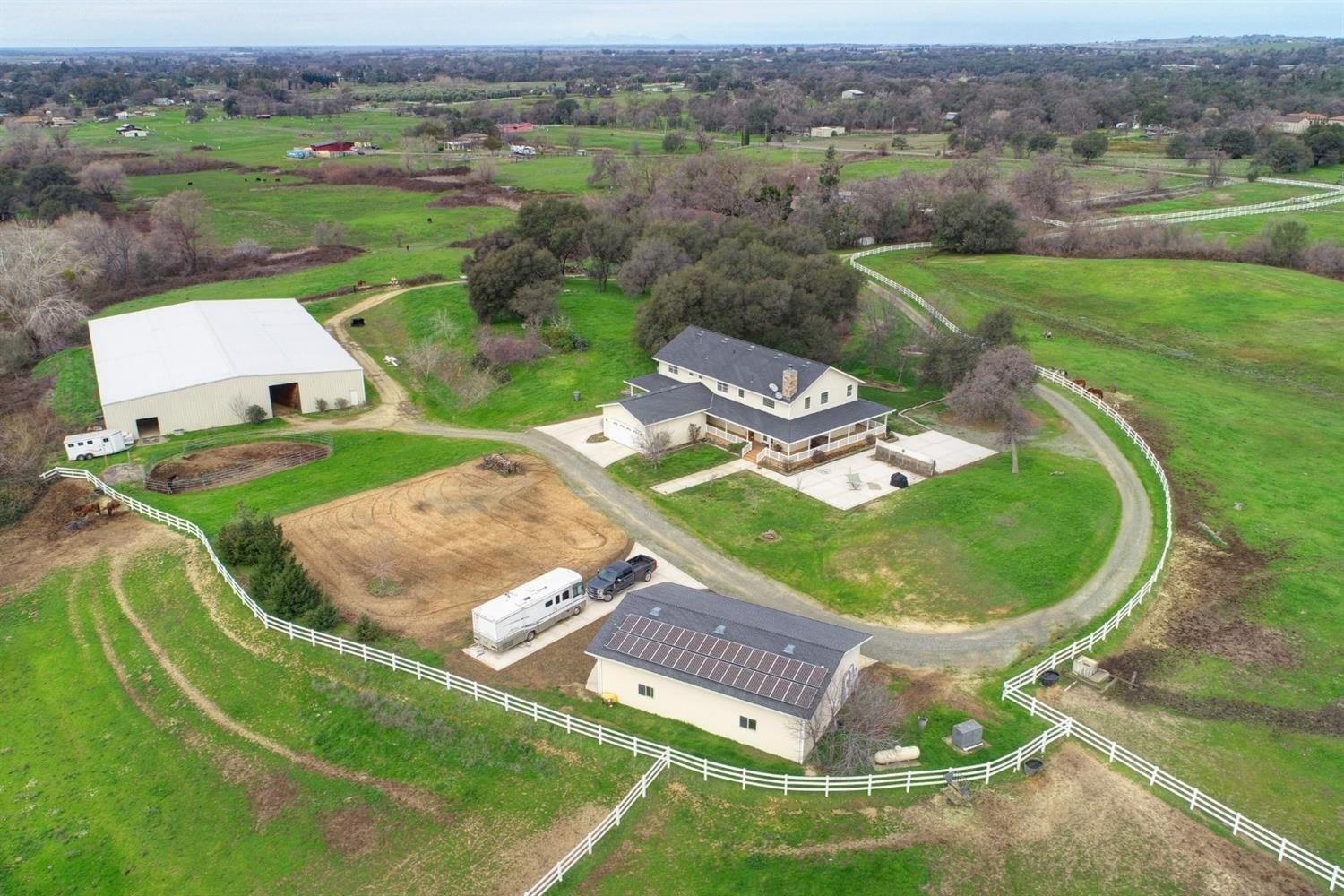 Lincoln Equine Facility For Sale