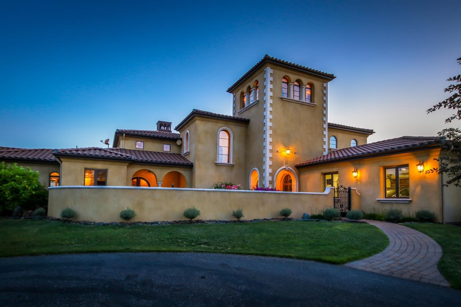 Auburn CA Tuscan Inspired Home For Sale
