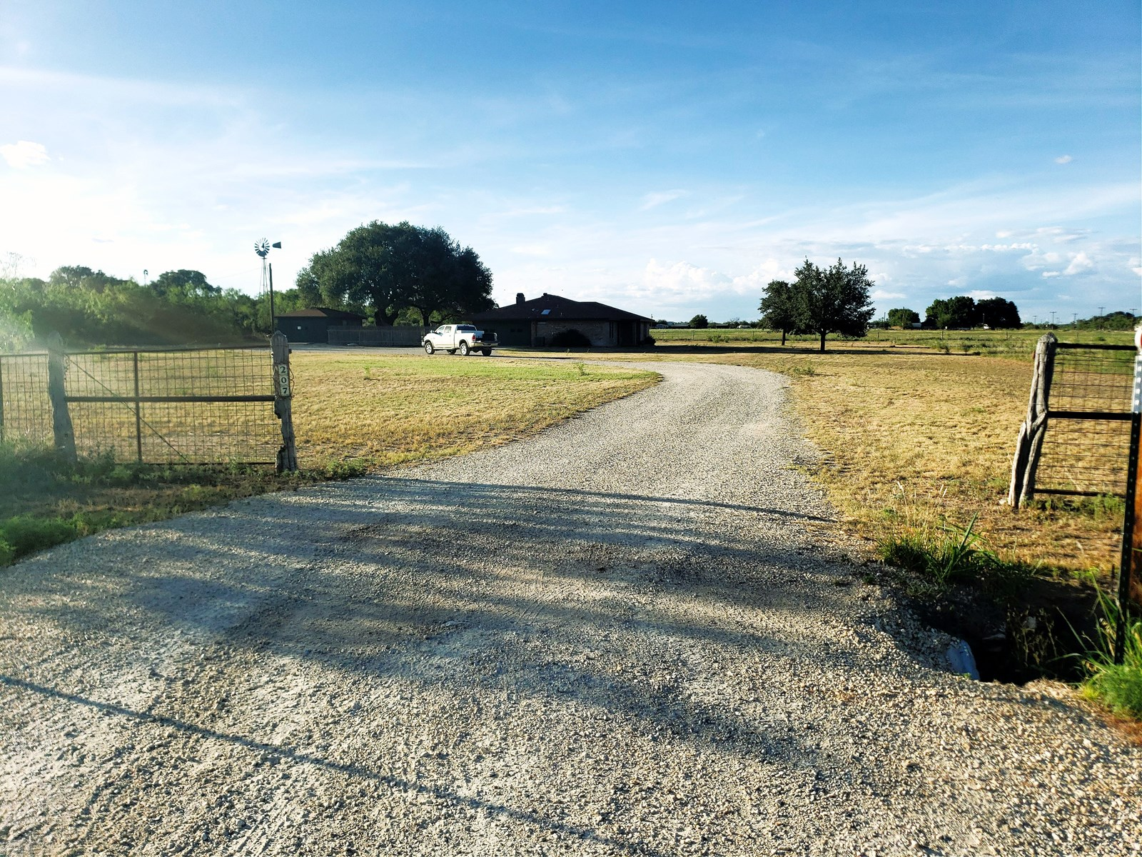 West Texas Home and land in Mertzon, TX near San Angelo