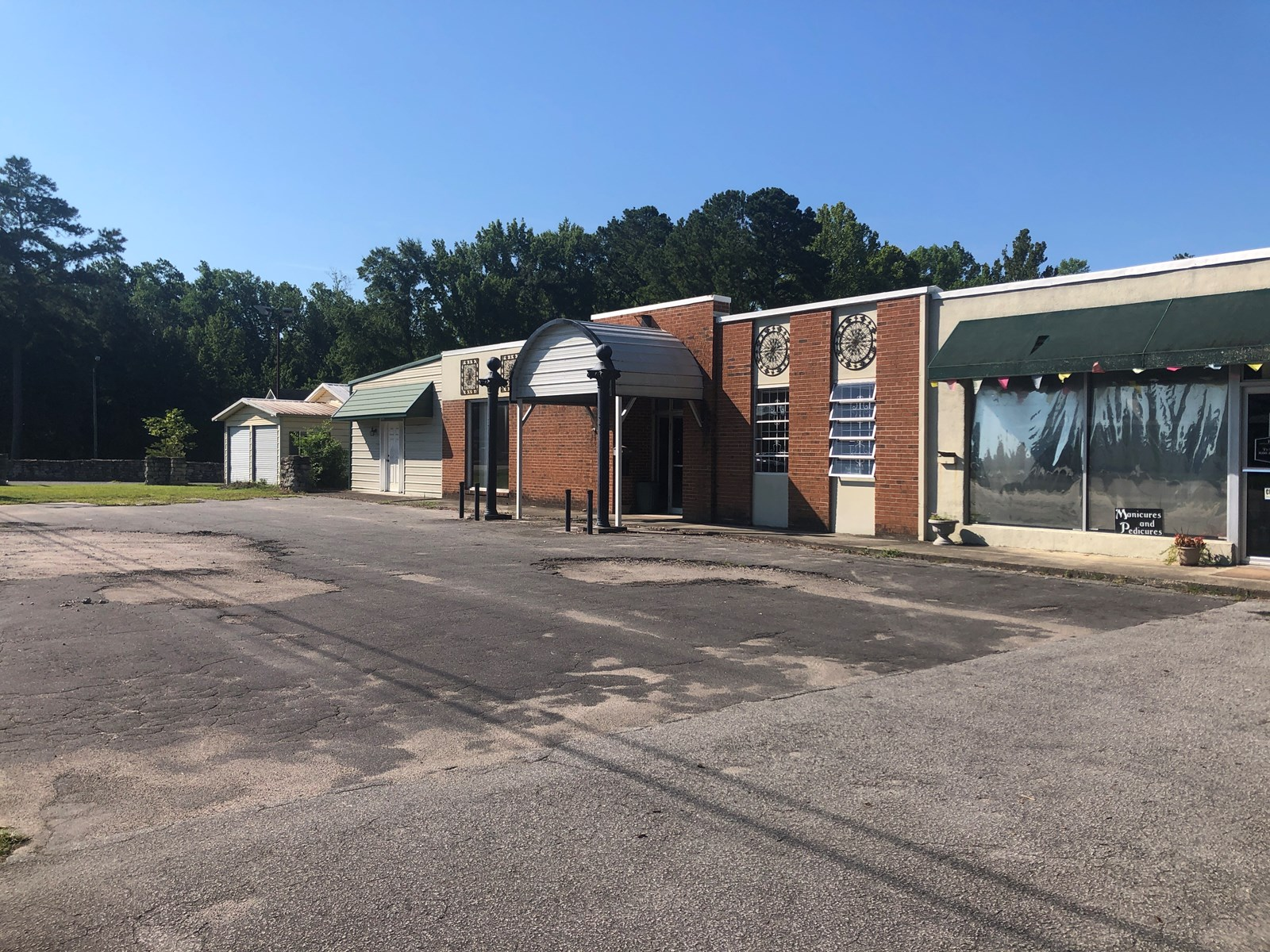 Commercial Real Estate for Sale River Rd. Washington, NC