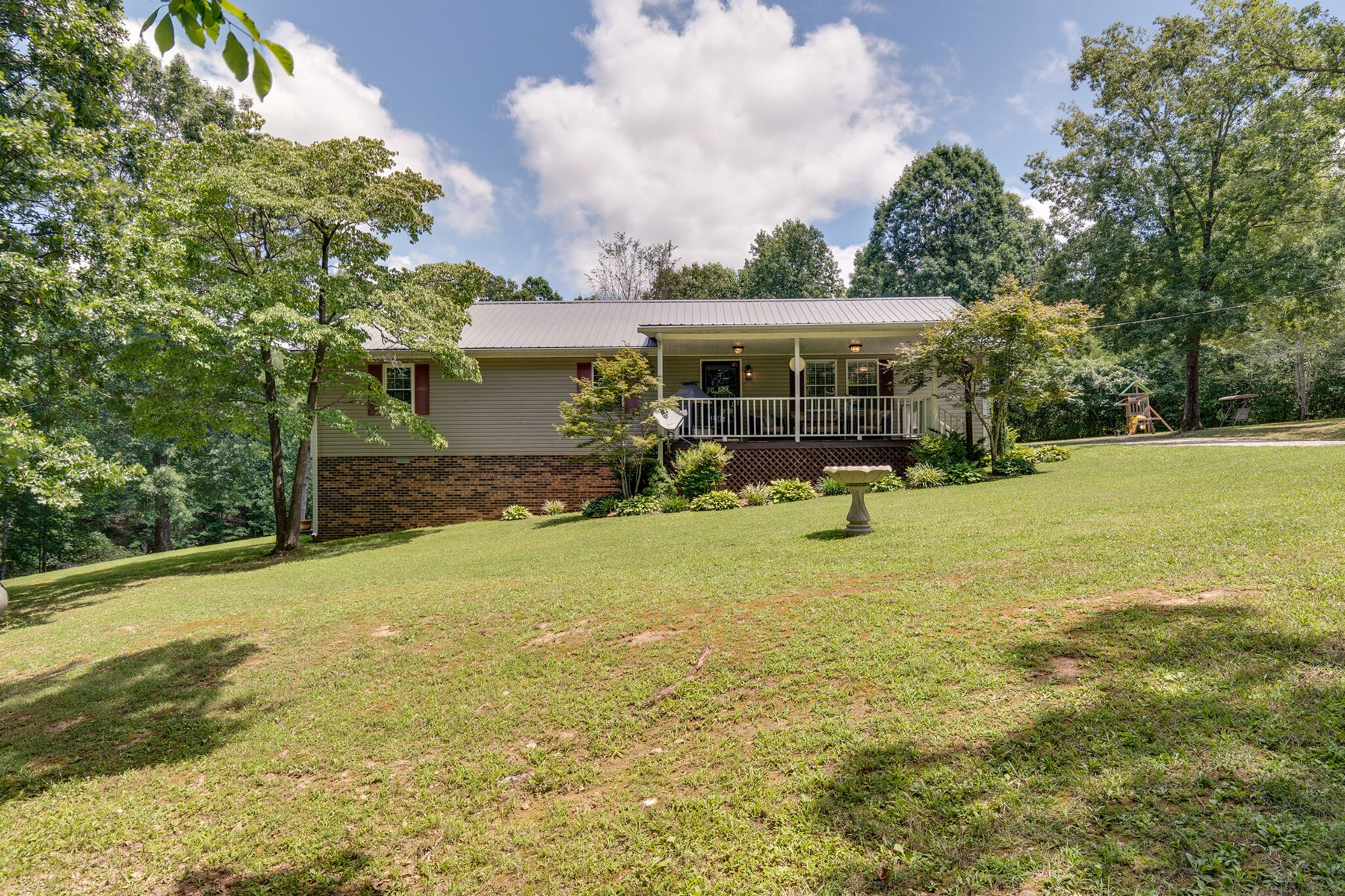 Tennessee Country Home with Recreational Acreage for Sale