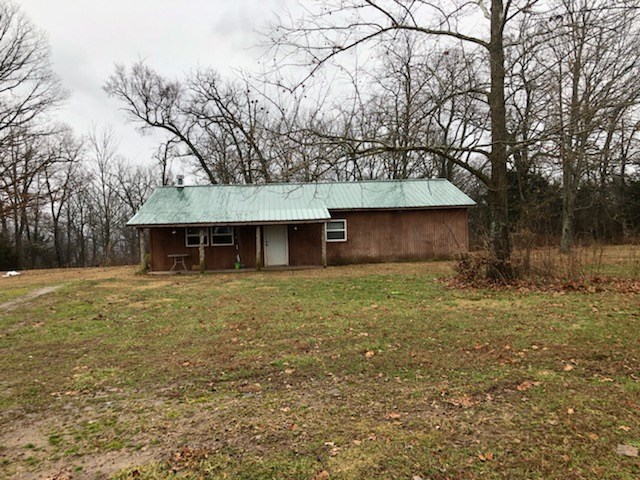 Home for Sale-Madison County Arkansas Cabin Wesley AR
