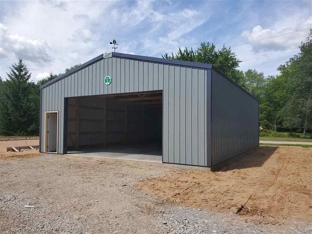 Commercial Storage Unit for Sale in Waupaca, WI