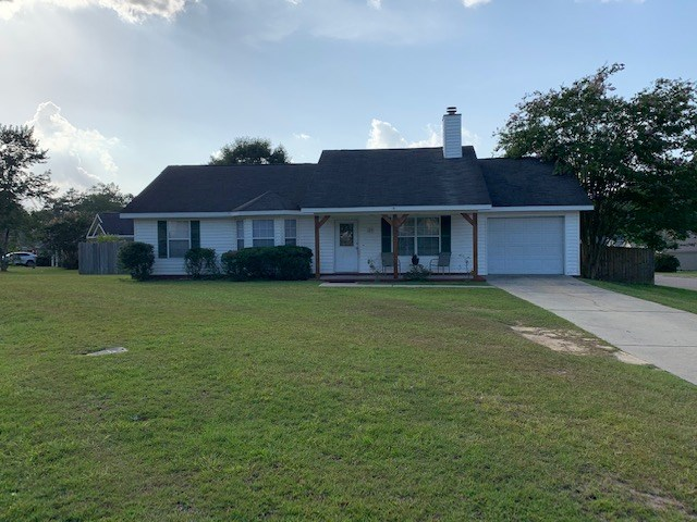 Country Home For Sale in Dothan, Ala