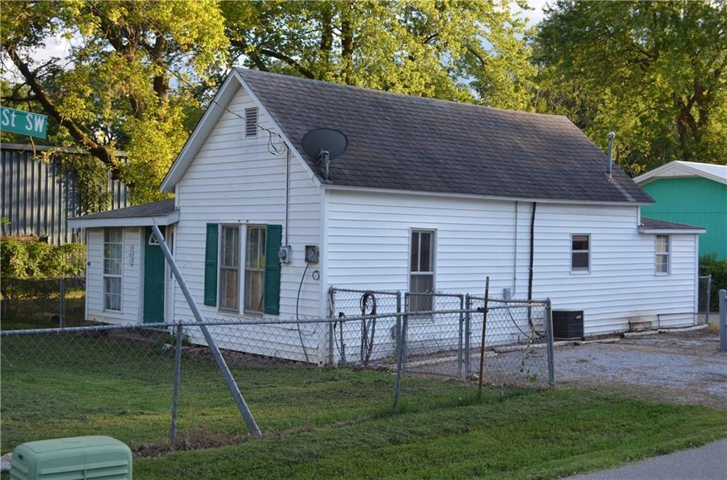 Investment Property Gravette, Arkansas