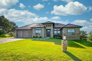 BAY WEST HOME FOR SALE IN HORSESHOE BAY, TX