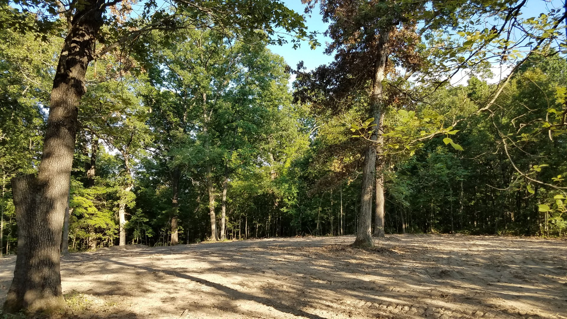 Missouri Land For Sale! 18 Acr W/ Electricity! Camp orBuild!