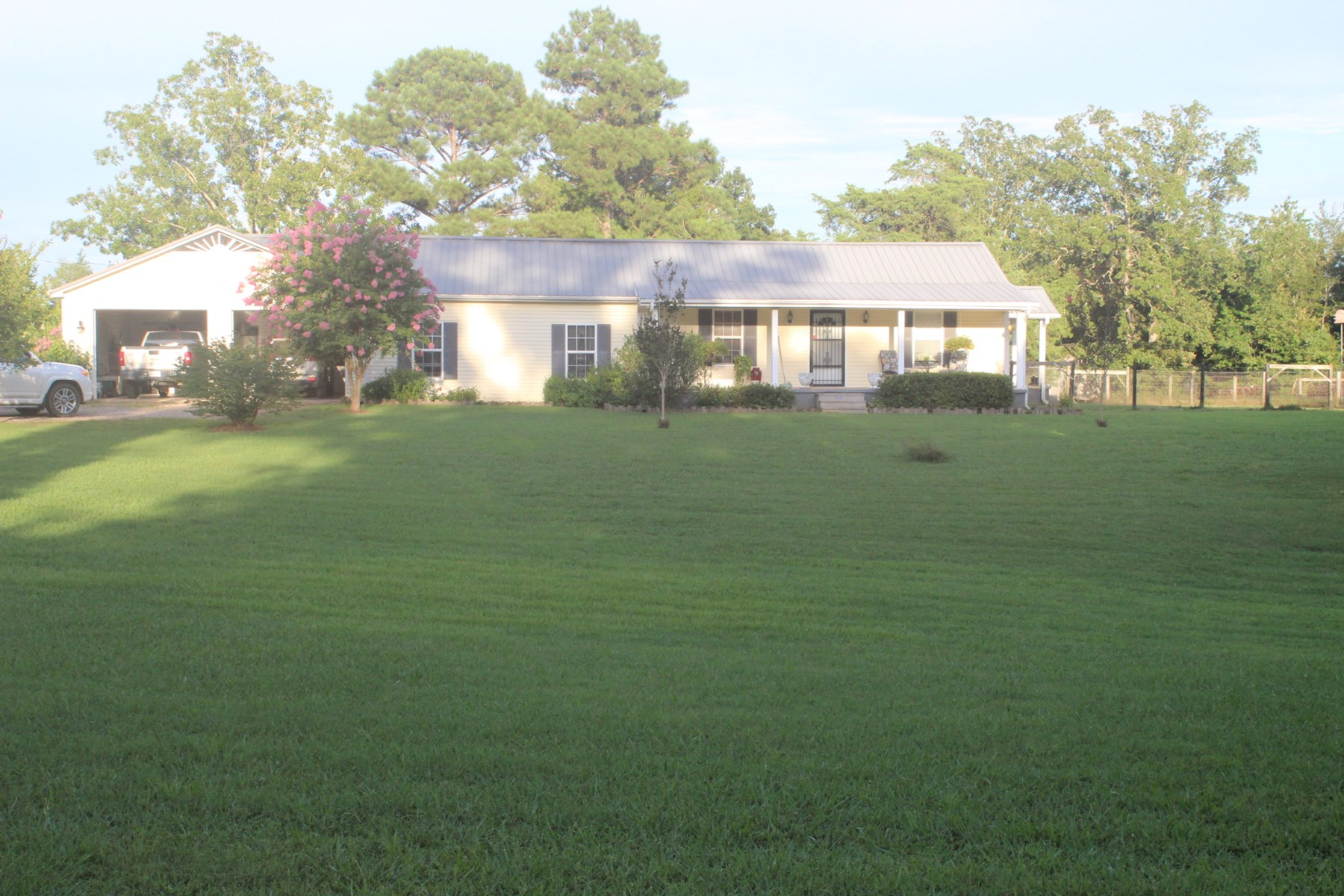 COUNTRY HOME FOR SALE IN HARDIN COUNTY, NEAR TN RIVER