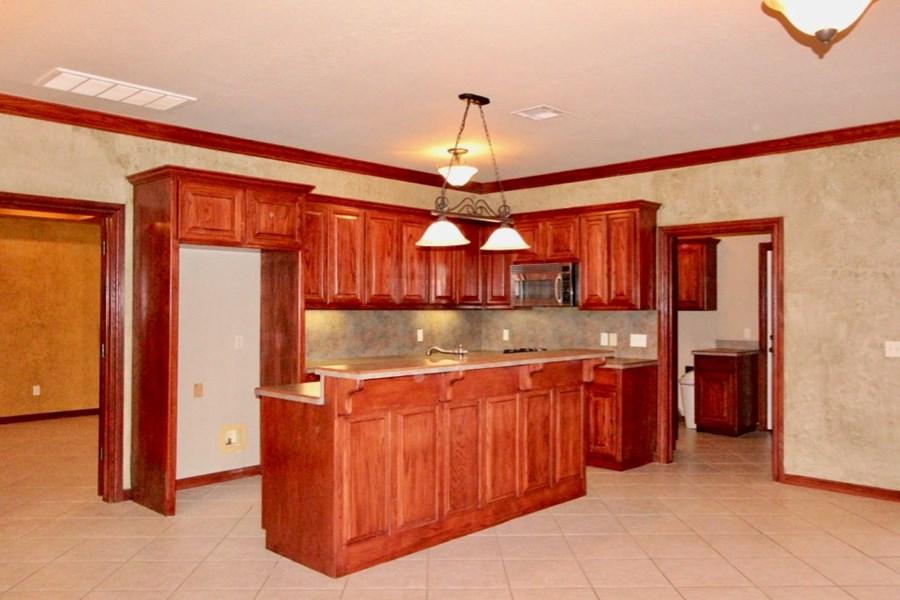 Kitchen to Mudroom
