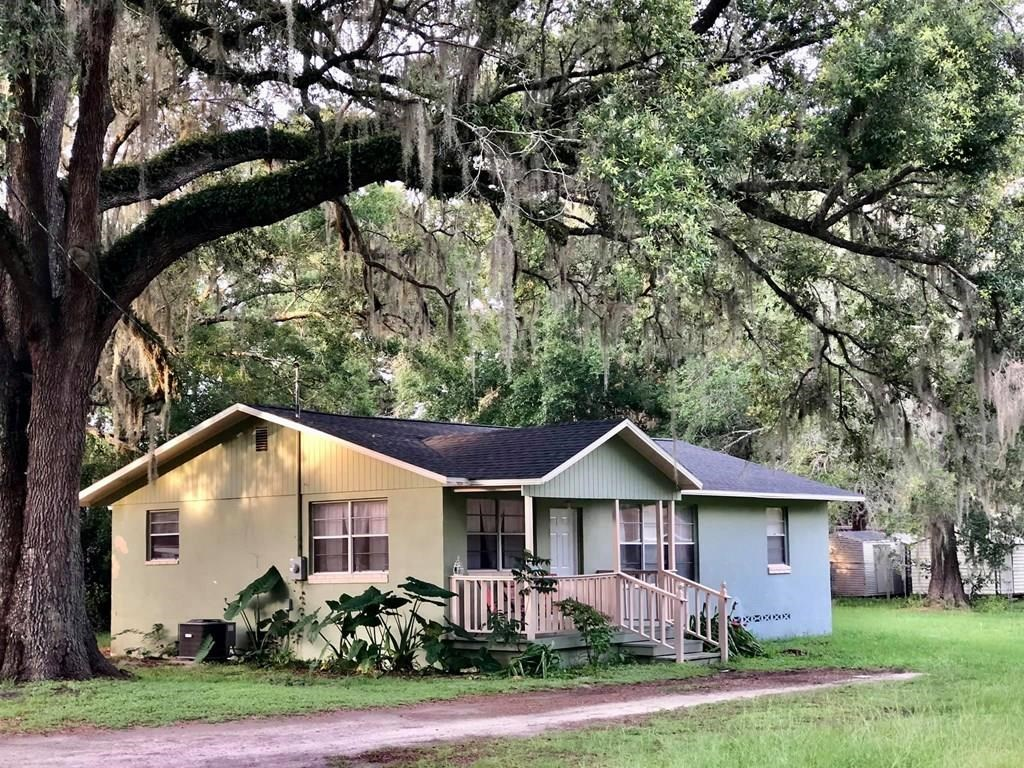 Charming 3/1 Home w/1,204 sq.' in Trenton, FL City Limits