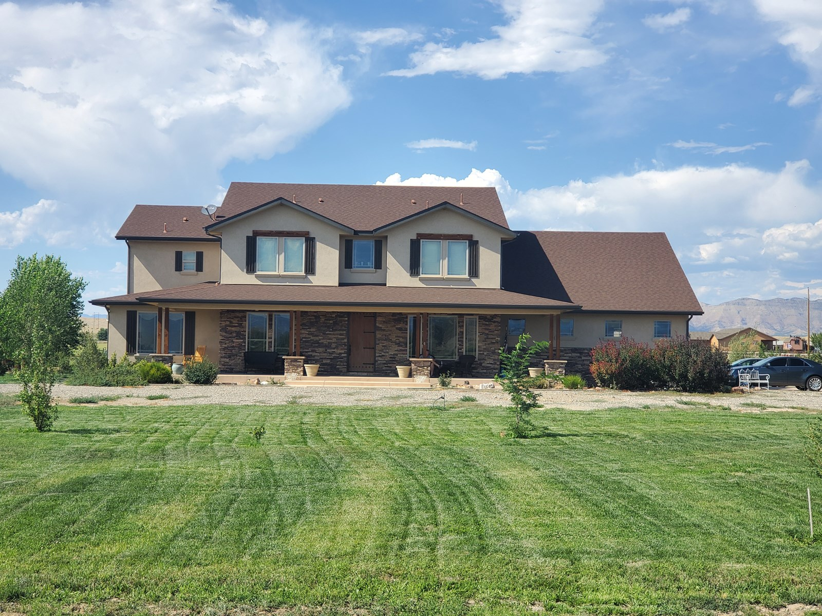 Country Home with Mountain Views in Colorado for sale