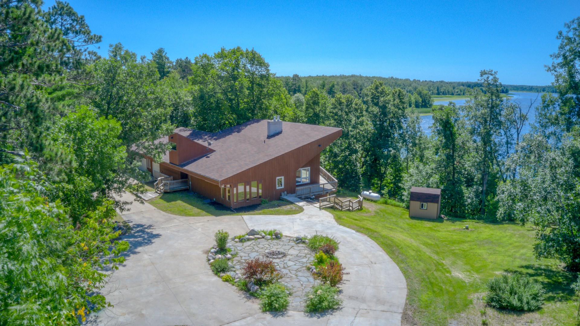 Minnesota Lake Home with Recreational Hunting Land for Sale