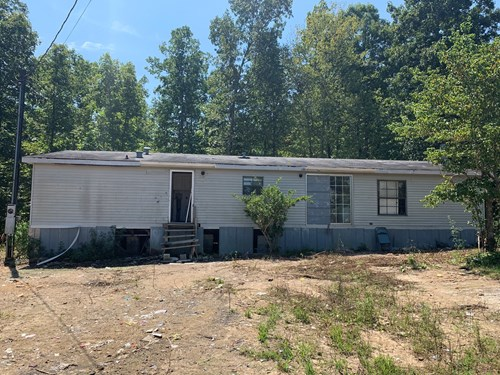 Fixer-upper Country Home for Sale in TN with Acreage, Barn