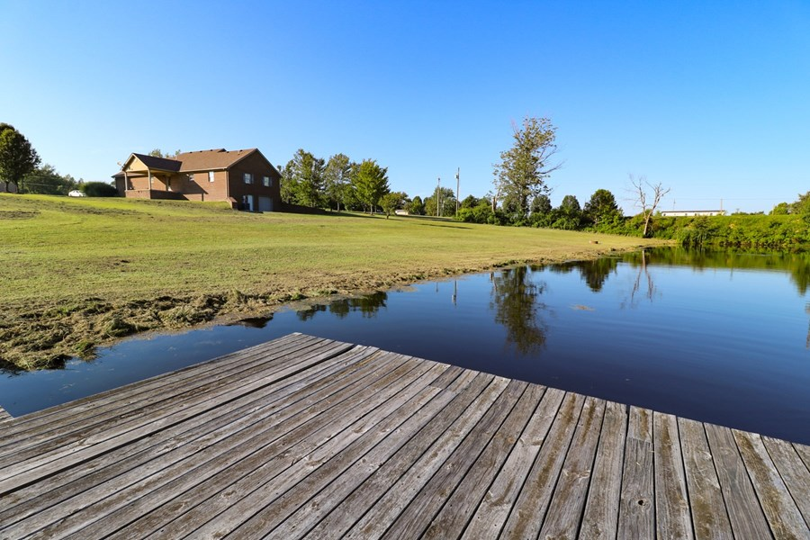 Fishing pond for sale in Kentucky