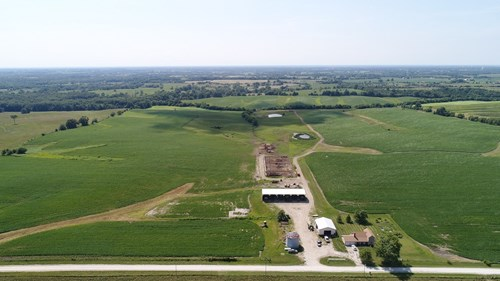Northern Missouri Row Crop and Cattle Farm For Sale