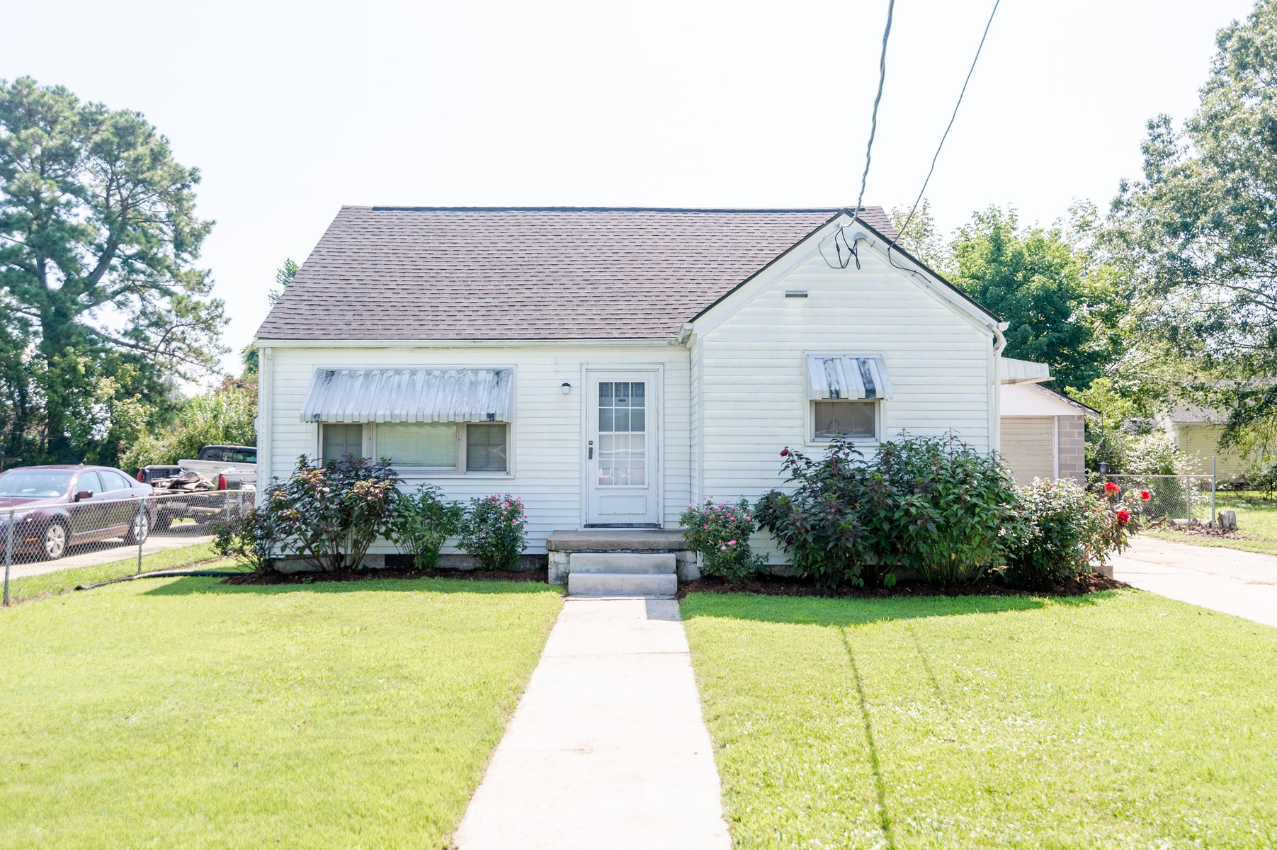 Great starter home or investment property.