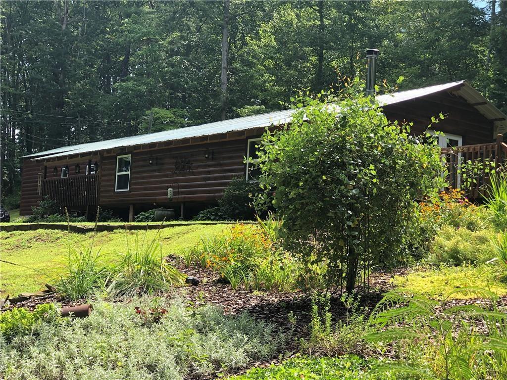 Cabin for sale in Ellijay!