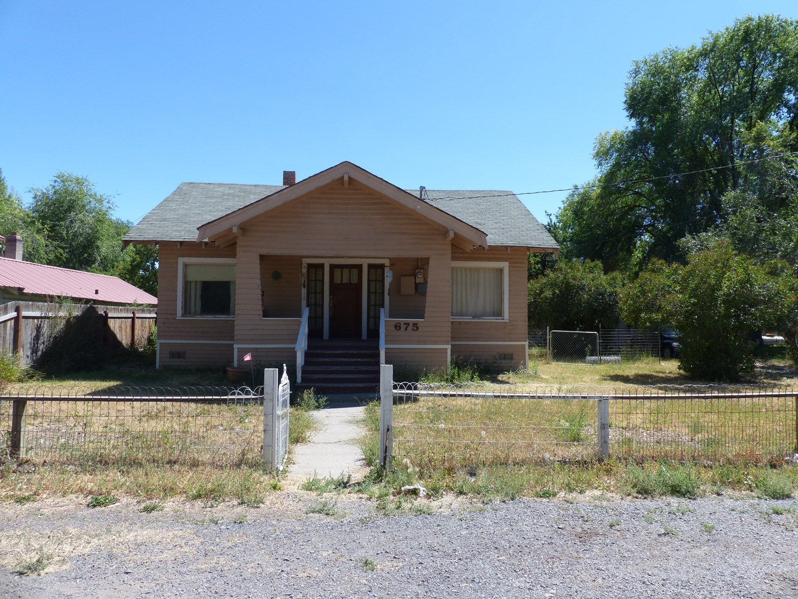 CHARMING 2 BDRM HOME FOR SALE IN BURNS OR